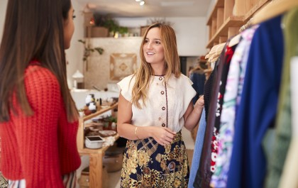 customers retail 1