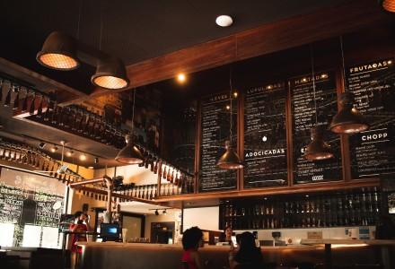 interior of a restaurant 3465604